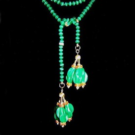 http://lindasilverdesigns.com/shop/1287-thickbox_default/antique-jade-necklace.jpg