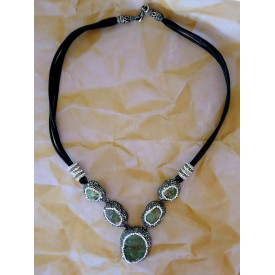 http://lindasilverdesigns.com/shop/1584-thickbox_default/druzy-stones-four-drop-necklace-gorgeous.jpg