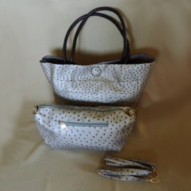 http://lindasilverdesigns.com/shop/1694-thickbox_default/4-in-1-ostrich-tote-clutch-shoulder-bag.jpg