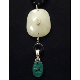 http://lindasilverdesigns.com/shop/765-thickbox_default/black-onyx-necklace.jpg