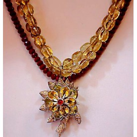 http://lindasilverdesigns.com/shop/778-thickbox_default/double-citron-and-garnet-necklace-with-antique-flower-drop.jpg